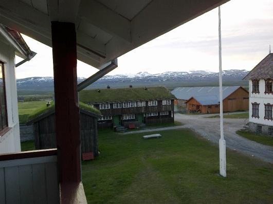 Utsikt over tunet på Fokstugu.