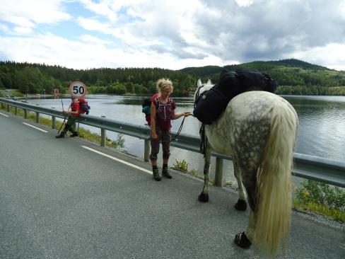 Ved Malmsjøen på vei til Konstadtunet.